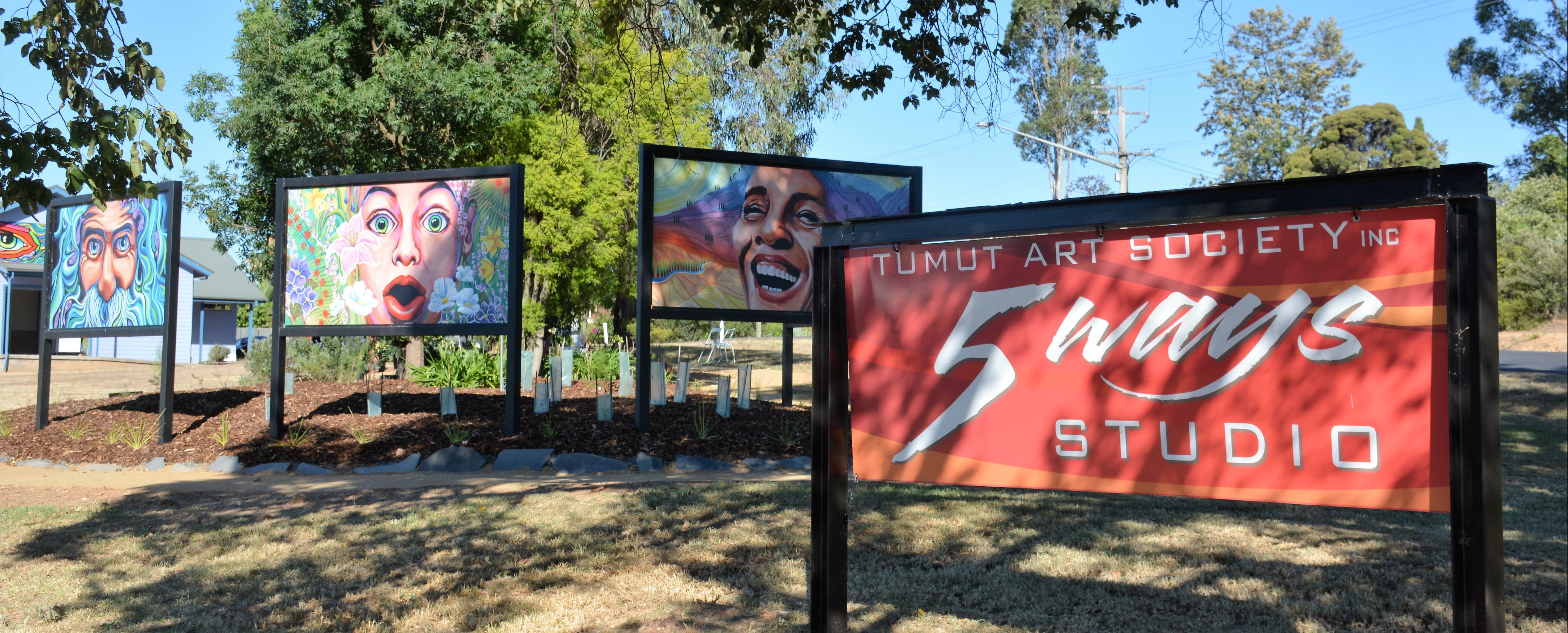 Tumut Art Society 5Ways Gallery - Accommodation Tasmania