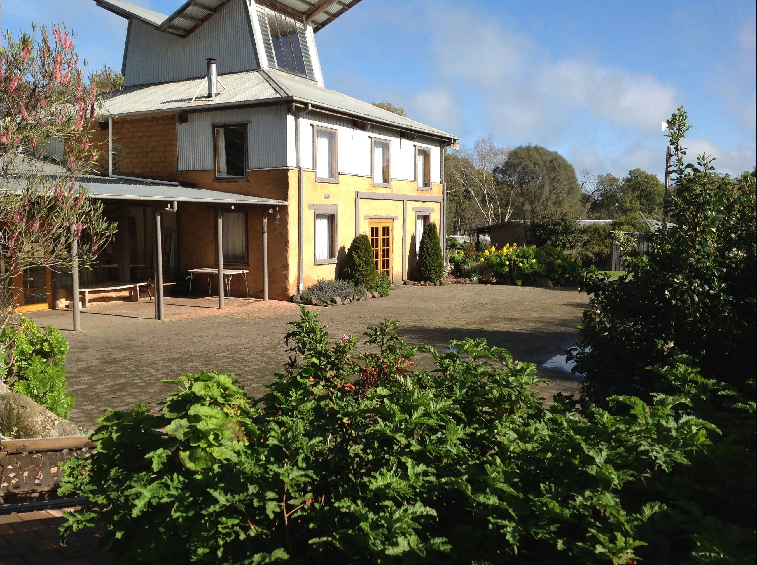 HIRL Hamilton Institute of Rural Learning - Accommodation Tasmania
