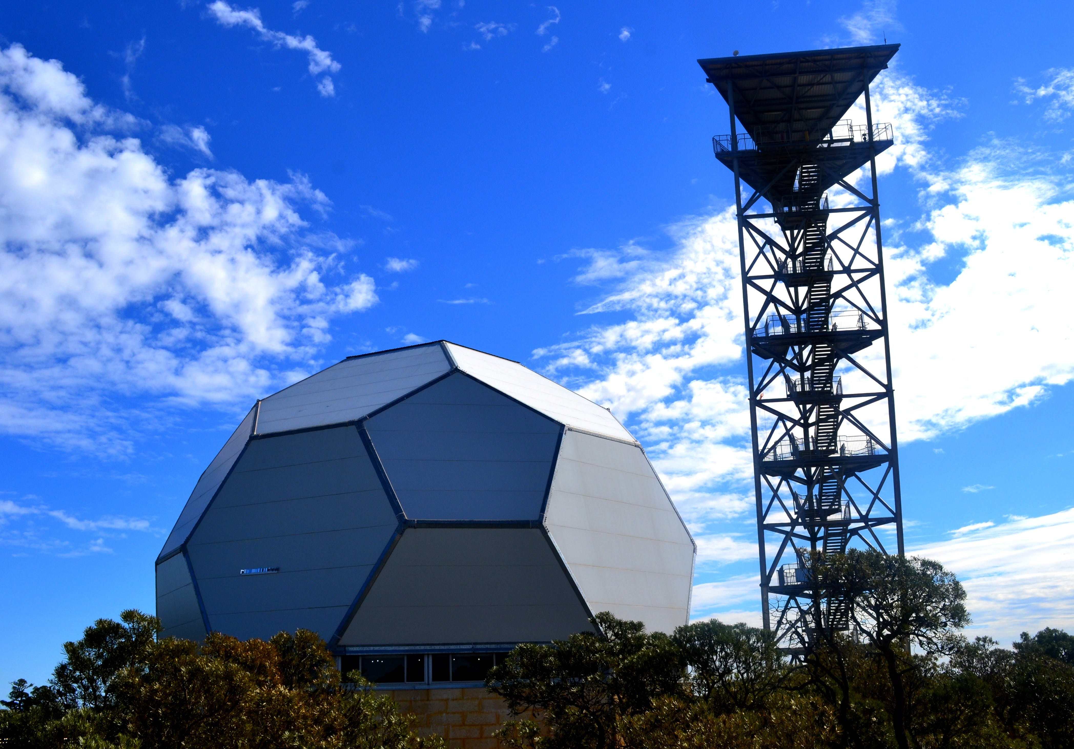 Gravity Discovery Centre and Observatory - Accommodation Tasmania