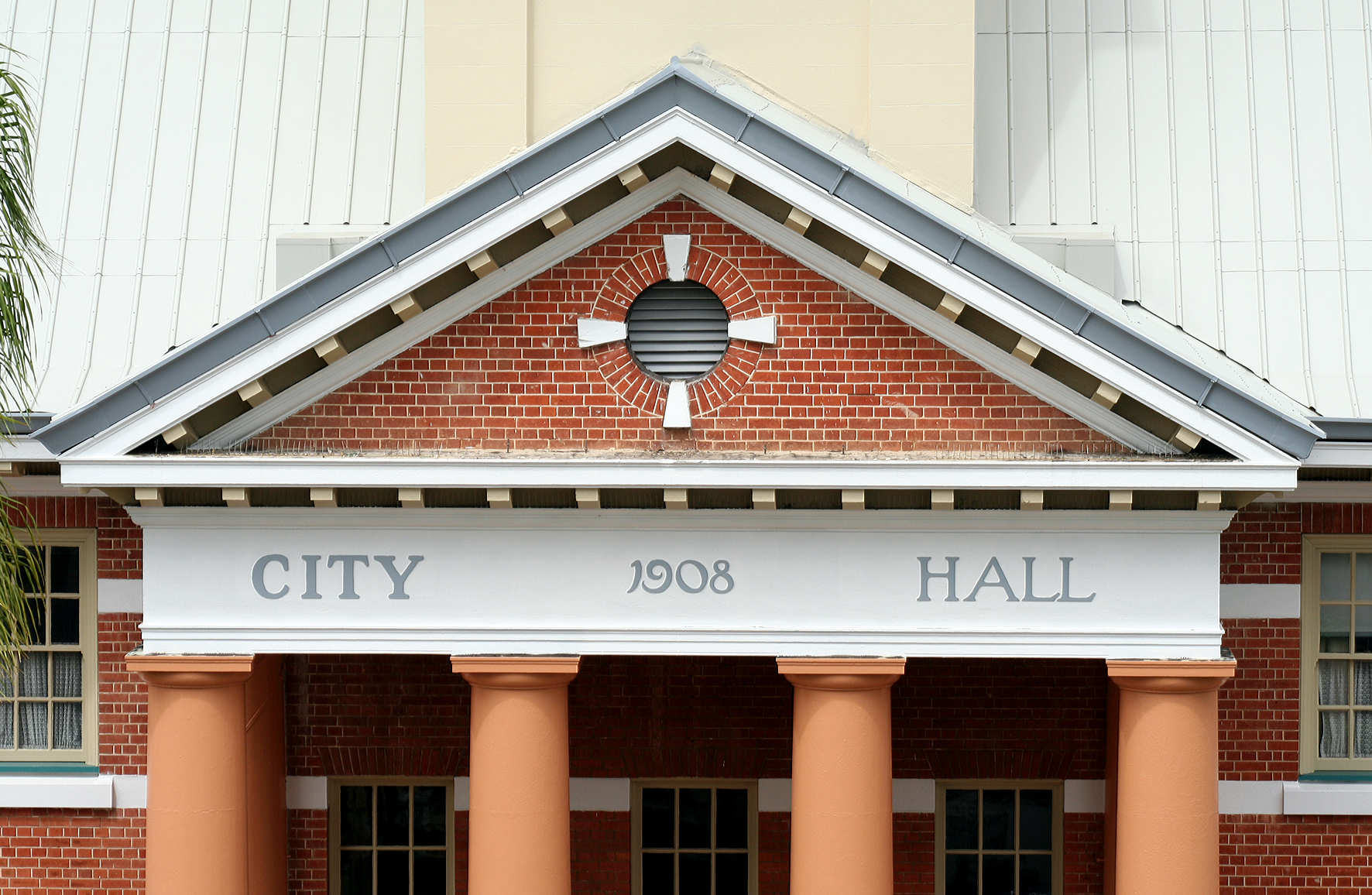 Maryborough City Hall - Accommodation Tasmania