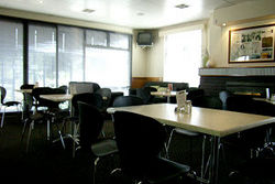 Kains Bar  Riverview Hotel - Accommodation Tasmania