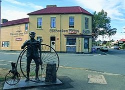 Clarendon Arms Hotel - Accommodation Tasmania