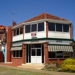 Allansford Hotel - Accommodation Tasmania