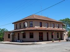 Heddon Greta Hotel - Accommodation Tasmania