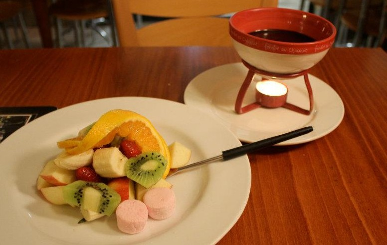 CJ's French Fondue Restaurant - Accommodation Tasmania