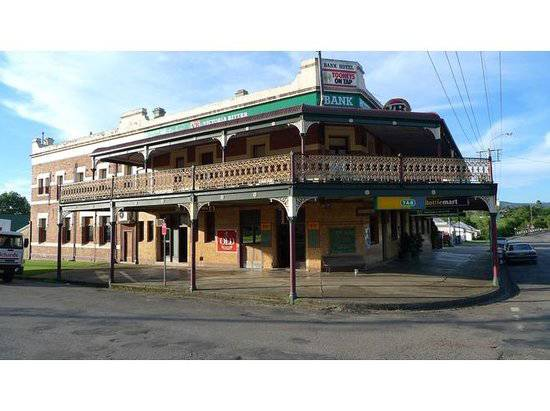 Bank Hotel Dungog - Accommodation Tasmania