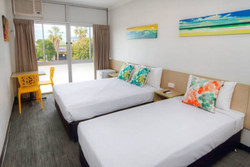 Palm Beach Hotel - Accommodation Tasmania