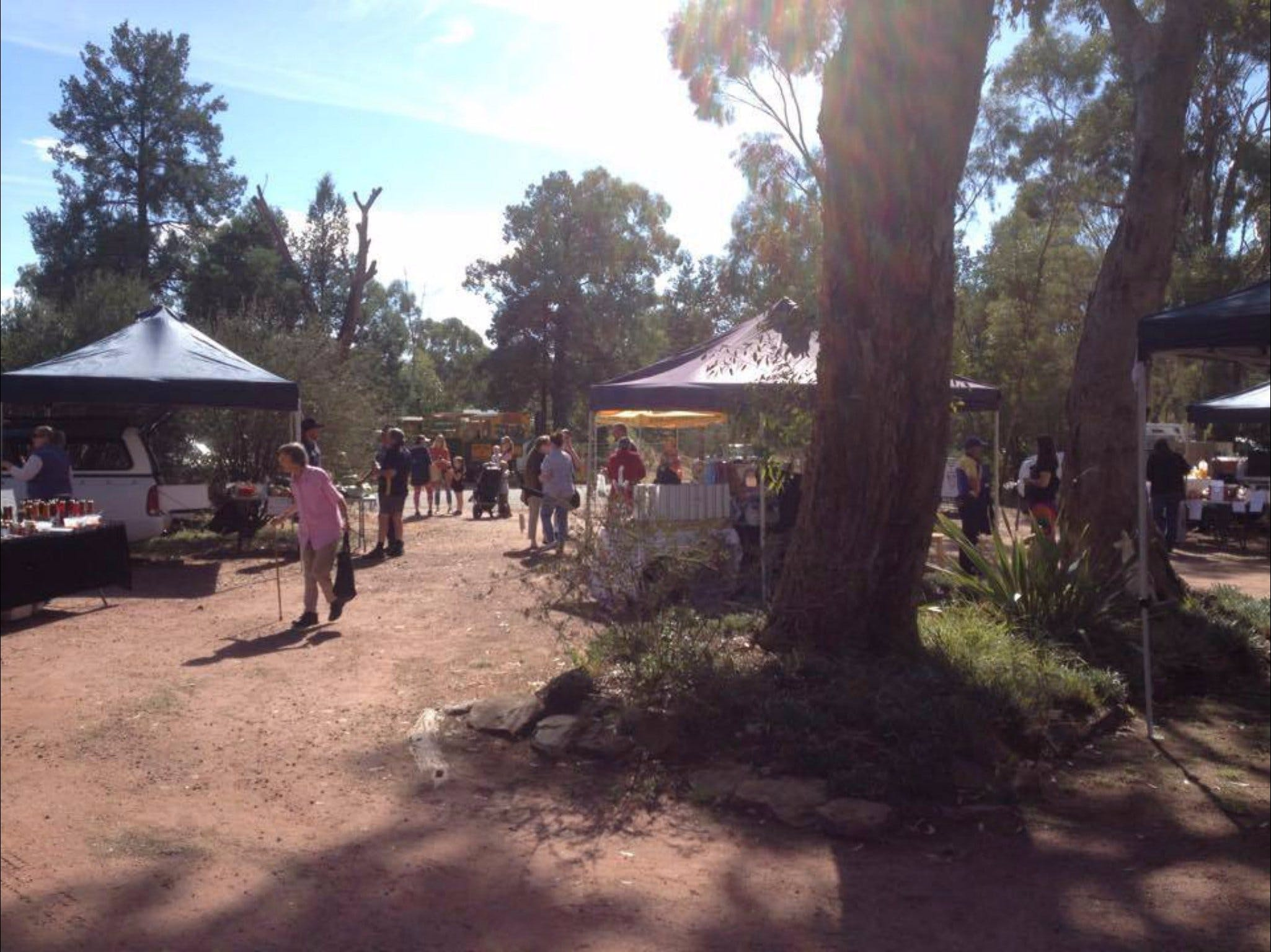 Narrandera Farmers Market - Accommodation Tasmania