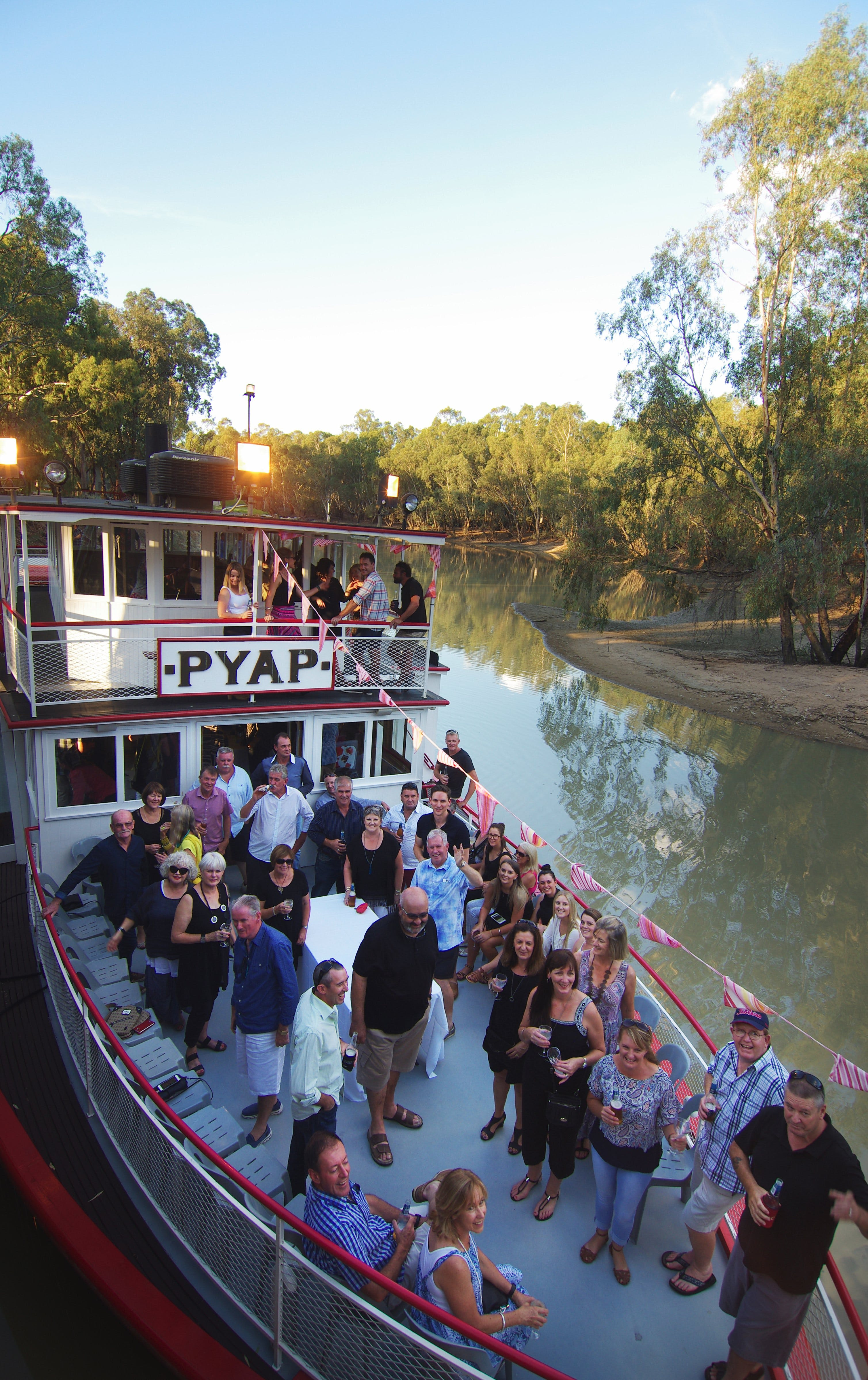 Swan Hill Region Food and Wine Festival Cruise - Accommodation Tasmania