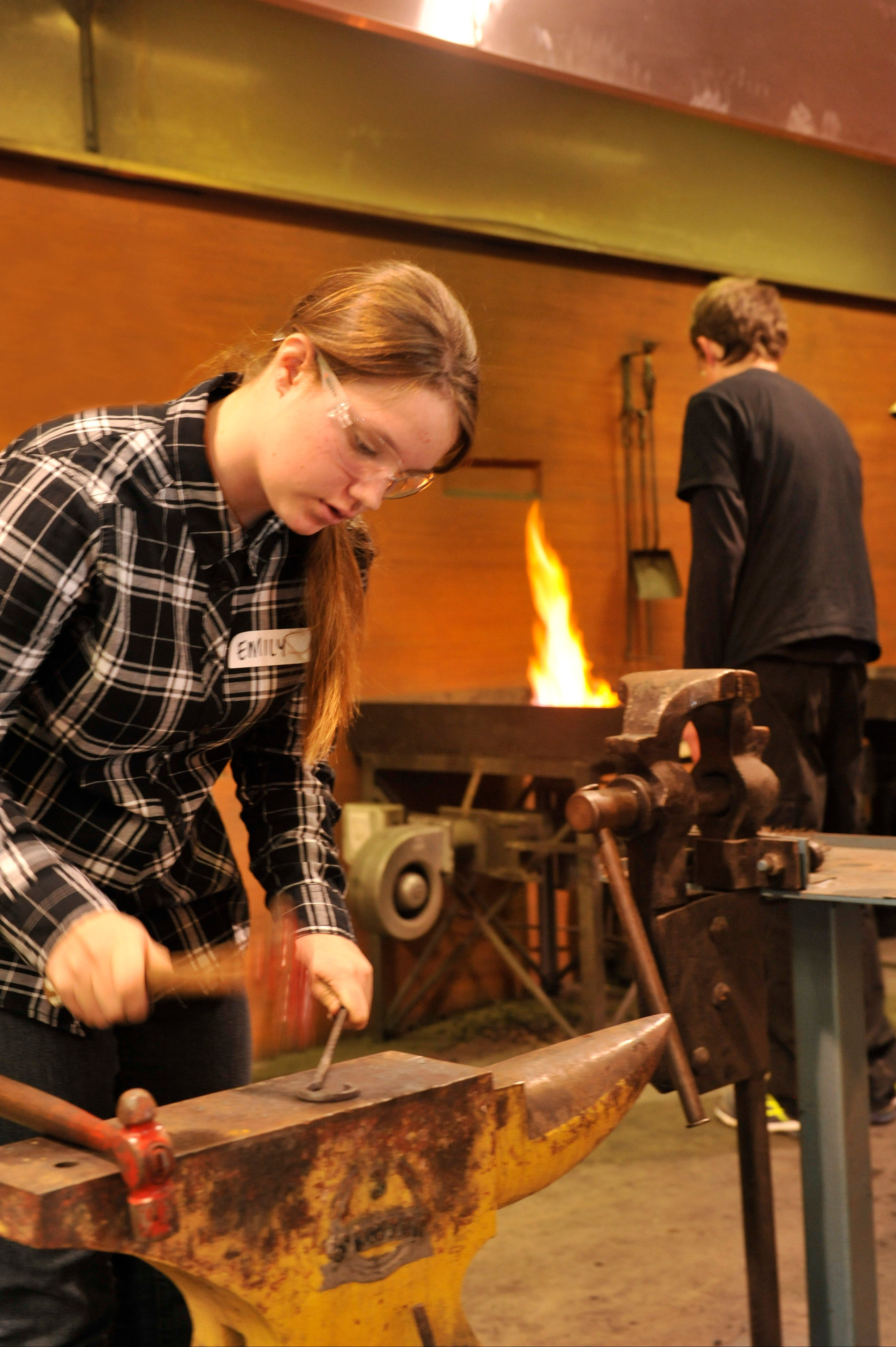 Blacksmithing Teen Workshop - Accommodation Tasmania