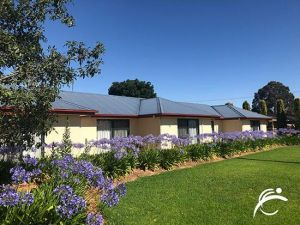 Coro Club Motel - Accommodation Tasmania