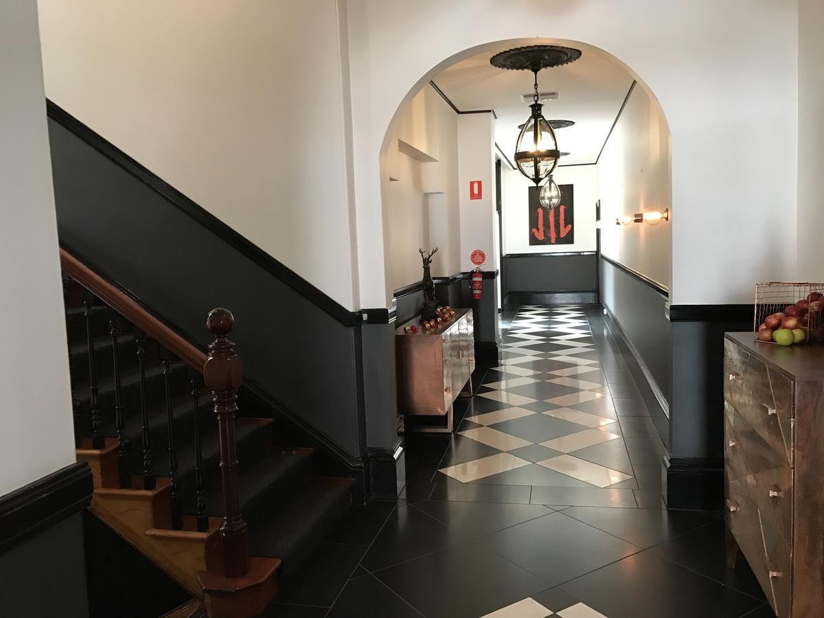 Macquarie Manor Hotel - Accommodation Tasmania