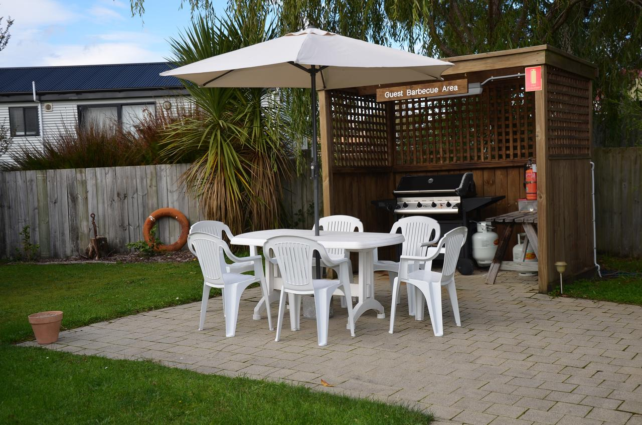 Castaway Holiday Apartments - Accommodation Tasmania